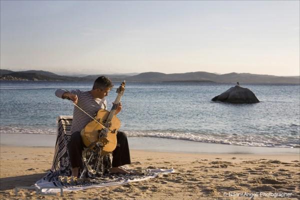 Prove del Live a Cala Corsara (con un cormorano) - Foto di Nanni Angeli ©